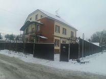 Дом 370 м² на участке 8 сот.