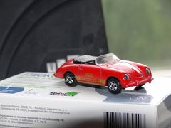 Tomica made IN japan porshe 356
