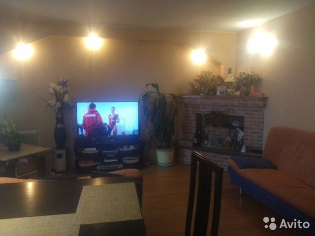 Продается трехкомнатная квартира за 2 750 000 рублей. Кострома, Полянская улица, 29.