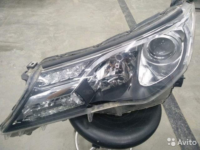 Фара Toyota RAV4 (XA 40)  89534563266 купить 1