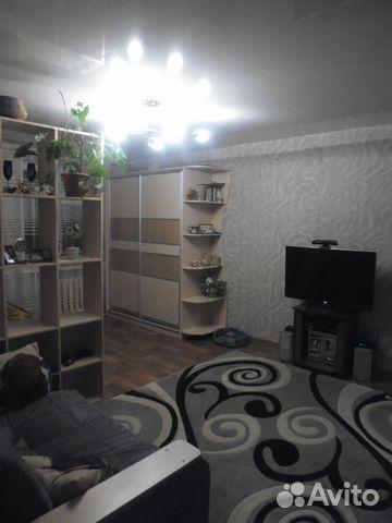 Продается двухкомнатная квартира за 2 700 000 рублей. Дежнева ул., д.3.