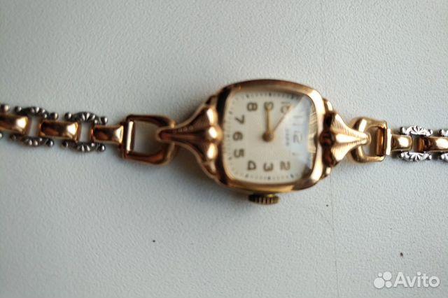 Часы золотые продам женские часы gustav becker продать настенные