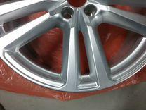 Оригинальный диск Audi Q7 New 4M R20