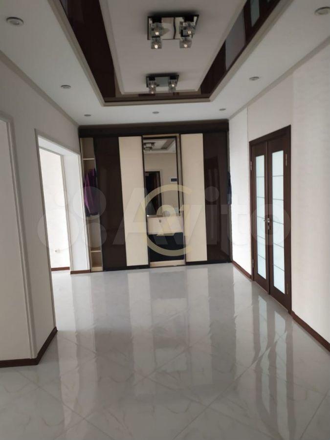 2-к квартира, 80 м², 11/12 эт.  89389950265 купить 3