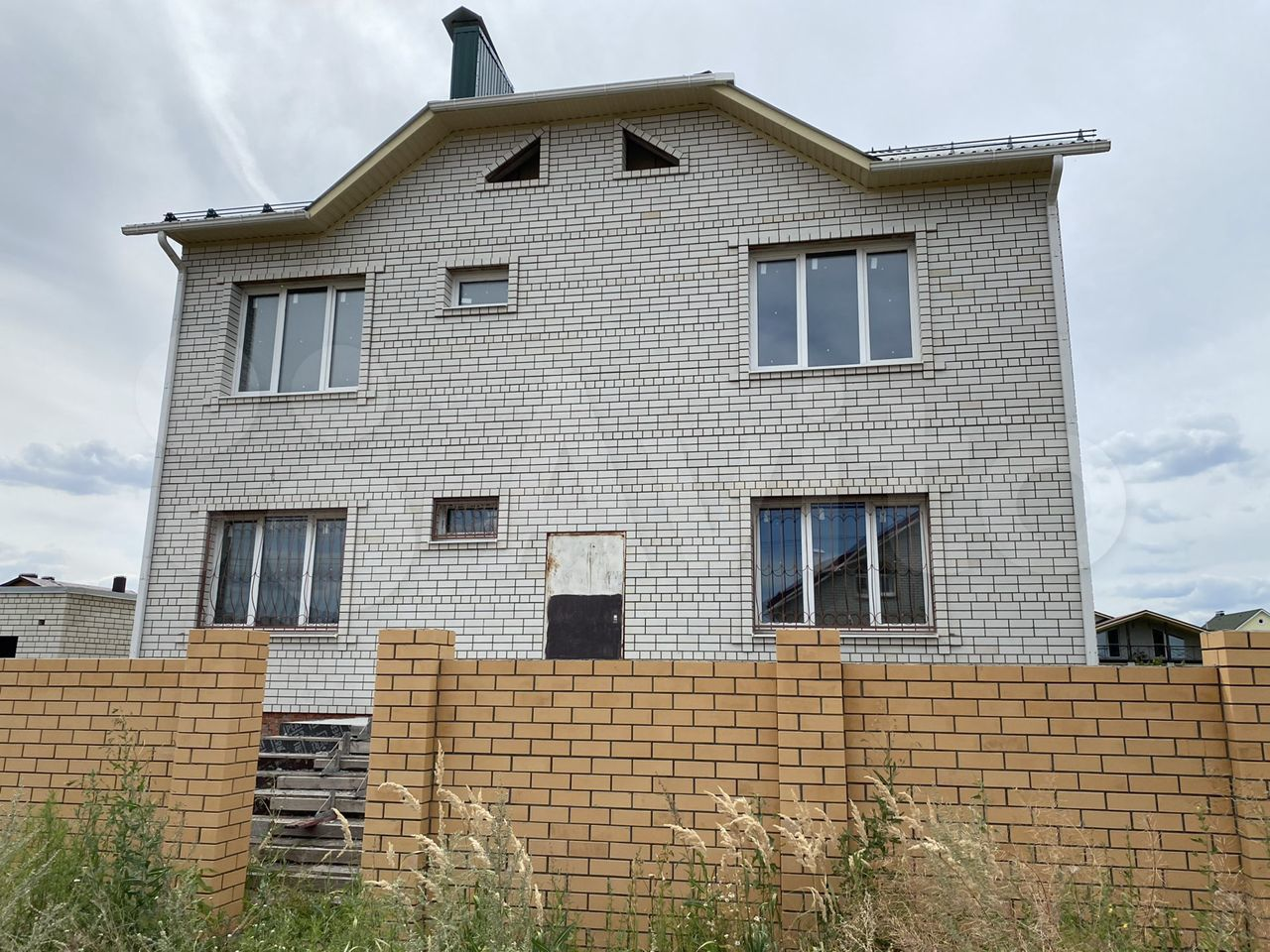 Дом 298 м² на участке 10 сот.  89198305239 купить 3