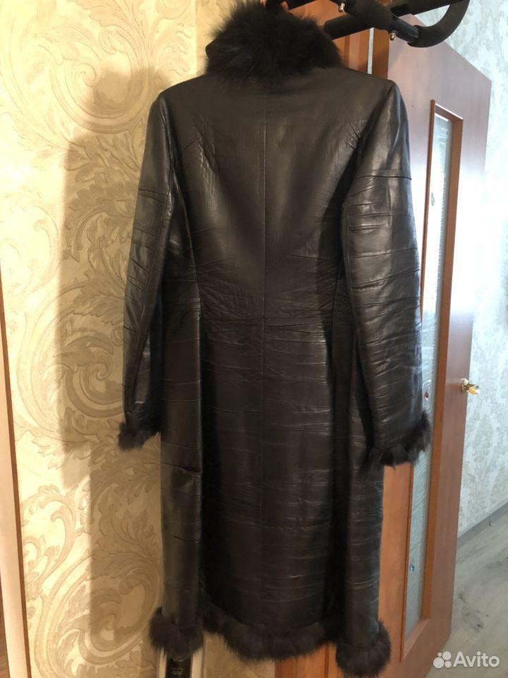 Пальто кожаное, р.44  89235002111 купить 2