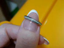 Стильная дорожка из белого золота с бриллиантами