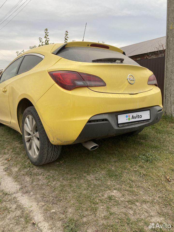 Opel Astra GTC, 2012  89093670225 купить 2
